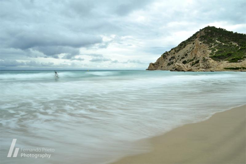 Surf en un día gris