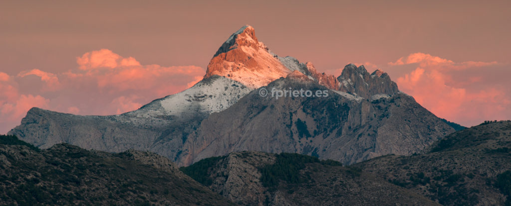 Serra de Bérnia con nieve